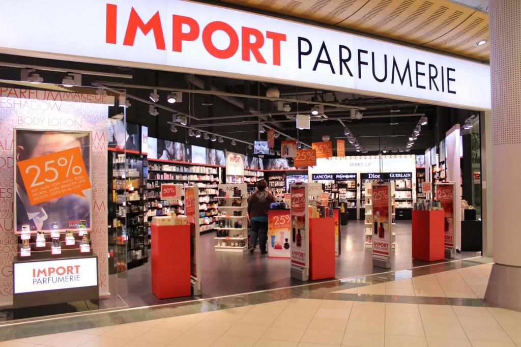 IMG_29061-ladenbau-storeconcept